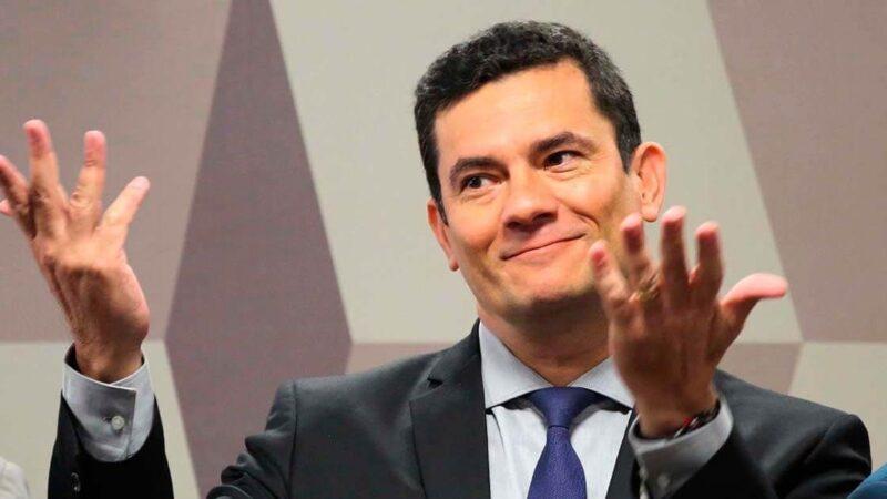 OAB dá carteira de advogado para Sergio Moro, que já tem até escritório
