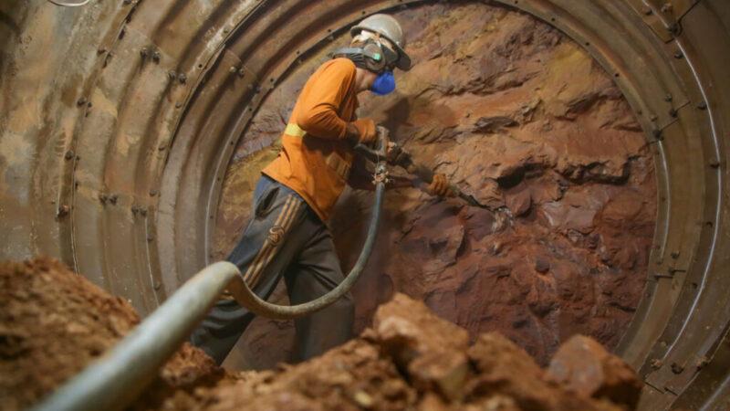 Obras grandiosas estão sendo feitas por debaixo da terra em Vicente Pires
