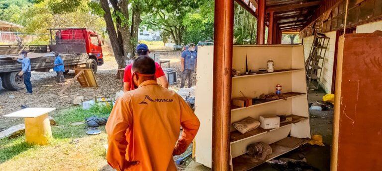 Limpeza e cuidado no terreno da futura Escola Bilíngue